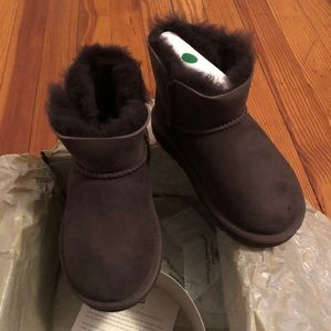 UGG Boots : Brand New